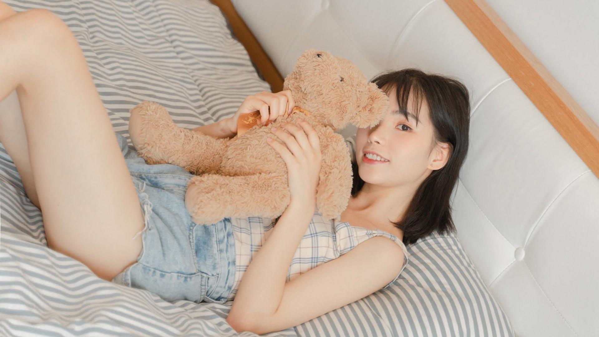 清纯 美女模特壁纸【2】